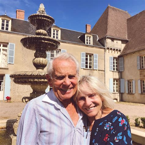 The Chateau Diaries 079: When the Cat's Away… – The