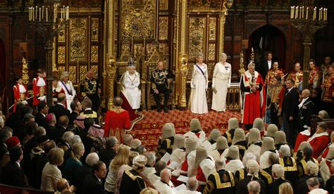 Peerages 'to have 15-year time limit' in bid to shrink