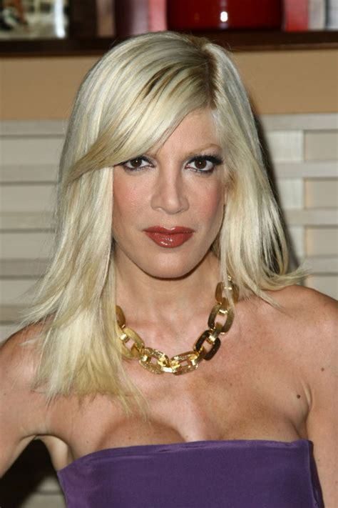 Pictures of Tori Spelling - Pictures Of Celebrities