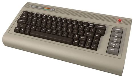 Commodore 64x Revives 80s Keyboard PC With Modern Guts